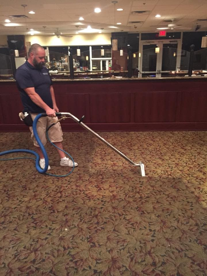 cleaning commercial carpet